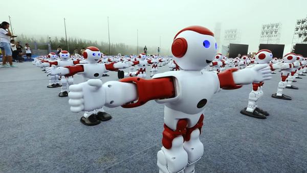 Quand un millier de robots se mettent à danser (Vidéo) - Sputnik France