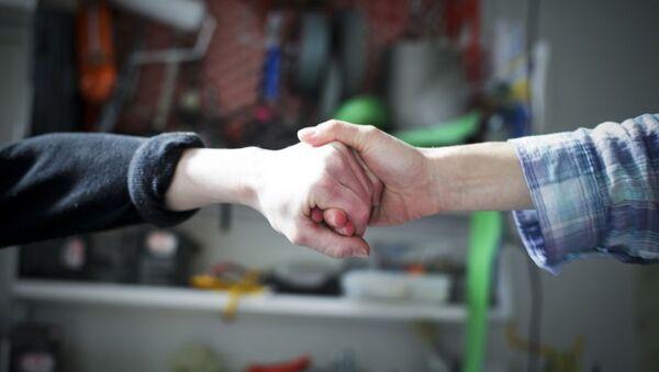 Handshake - Sputnik France