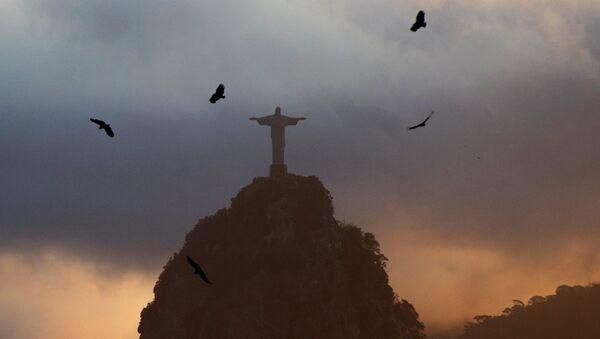Statue du Christ Rédempteur à Rio de Janeiro - Sputnik France