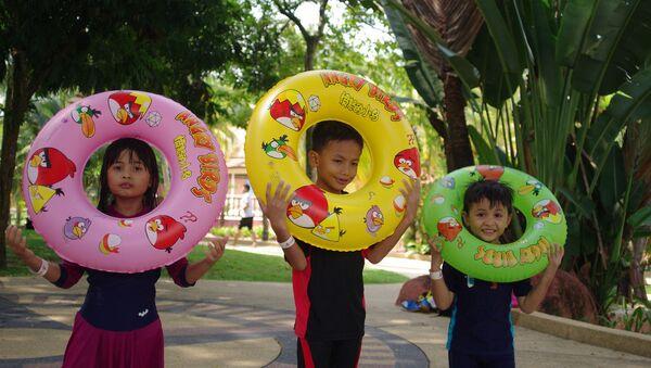 Les enfants dans un parc aquatique - Sputnik France