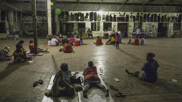 Fuite de documents sur l'humiliation des immigrés dans les camps australiens - Sputnik France