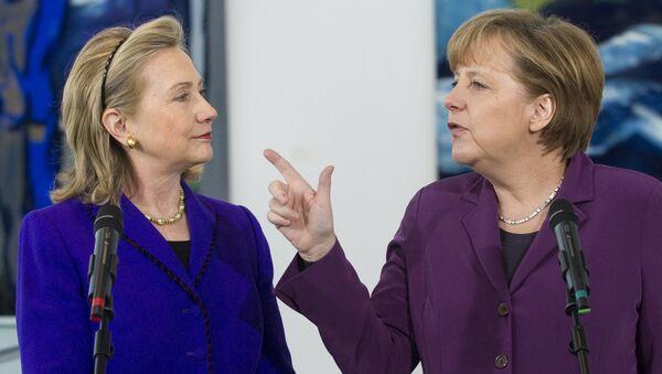 Clinton et Merkel - Sputnik France