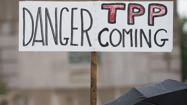 Une manifestation contre l'Accord de partenariat transpacifique (TPP) - Sputnik France