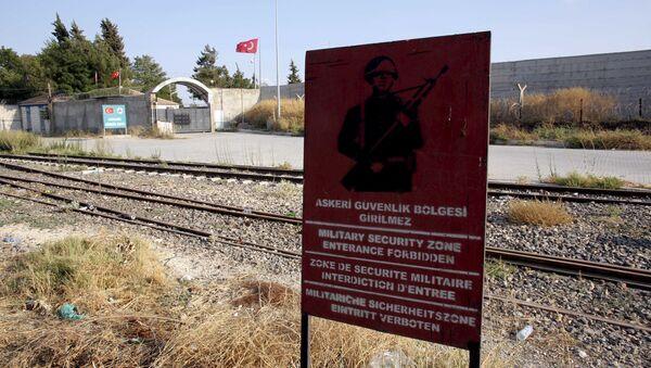Zone de sécurité militaire à Karkamis, à la frontière turco-syrienne - Sputnik France