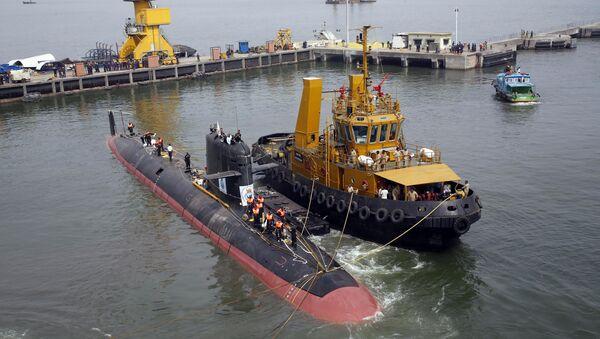 INS Kalvari, un de six sous-marins Scorpene est mis à l'eau à Mumbai, Inde - Sputnik France