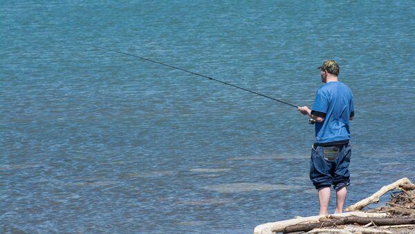 Un retraité australien en quête d'un ami pour aller pêcher - Sputnik France