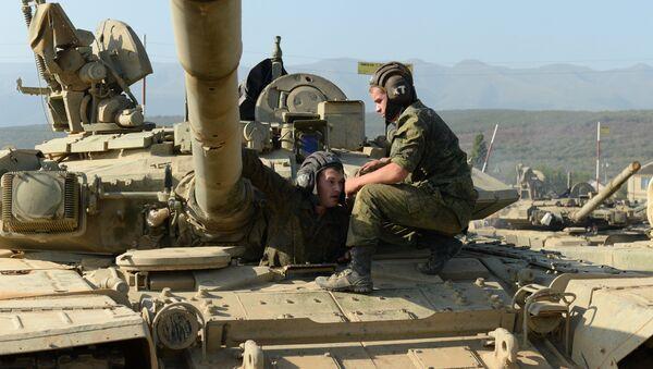 Тактические занятия мотострелковой бригады ЮВО МО РФ в Дагестане - Sputnik France