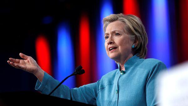 Le candidat au poste présidentiel américain Hillary Clinton - Sputnik France