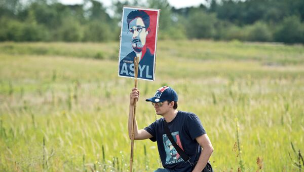 partisan de Snowden - Sputnik France