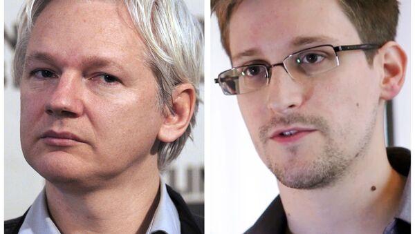 Assange et Snowden - Sputnik France