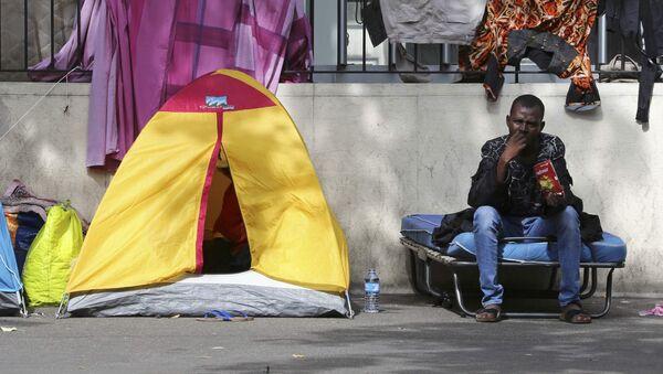 camp de migrants à Paris - Sputnik France