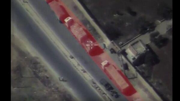 La Russie publie une vidéo du convoi humanitaire bombardé - Sputnik France