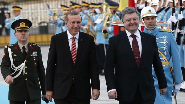 Les présidents turc et ukrainien, Recep Tayyip Erdogan et Piotr Porochenko - Sputnik France
