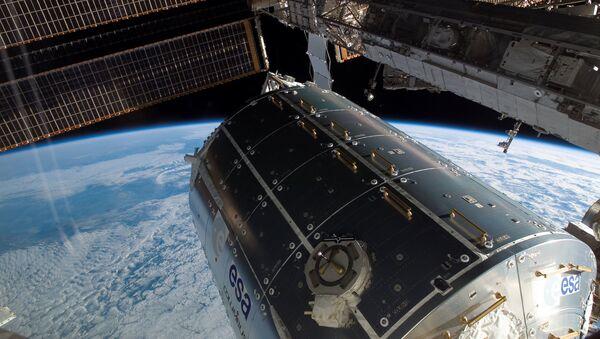 Moscou pourrait envoyer dans l'espace un vaisseau spatial avec un équipage du jamais vu (image d'illustration) - Sputnik France