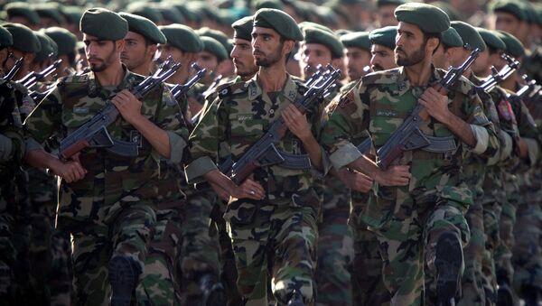 Le Corps des Gardiens de la révolution islamique lors d'un défilé (archive photo) - Sputnik France