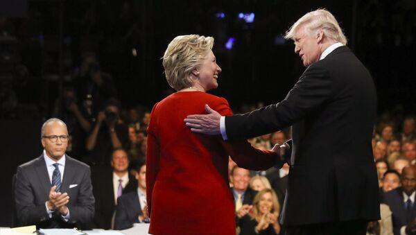 La démocrate Hillary Clinton et le républicain Donald Trump - Sputnik France
