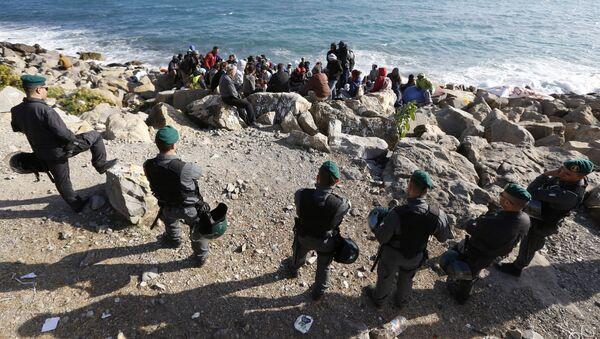 A Vintimille, à la frontière fermée, les migrants pris au piège - Sputnik France