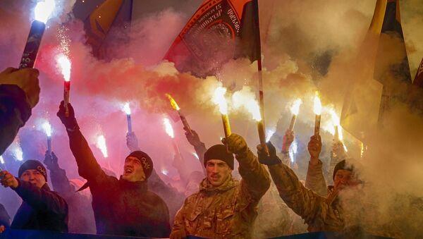 manifestation des membres du corps nationaliste Azov - Sputnik France