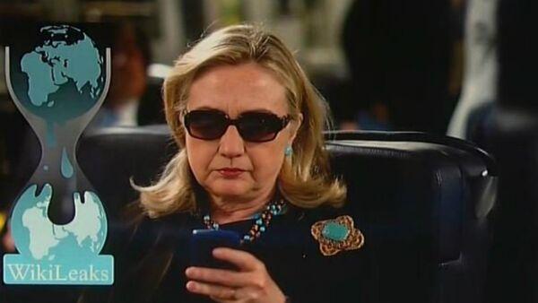 Hillary Clinton vs Wikileaks - Sputnik France