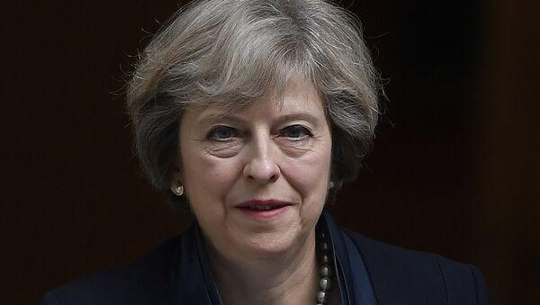 Theresa May: le parlement doit reconnaître la légitimité du Brexit - Sputnik France