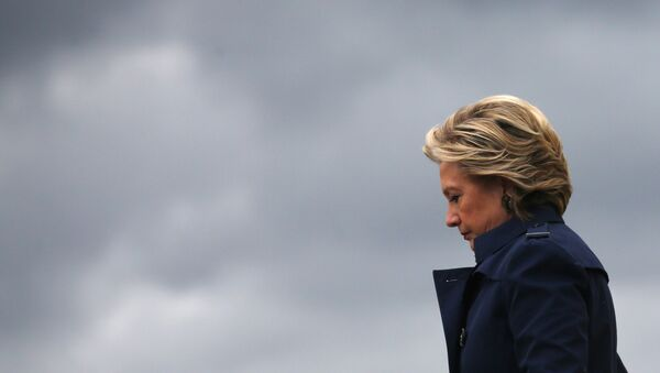 US Democratic presidential nominee Hillary Clinton arrives at Burke Lakefront airport in Cleveland, Ohio US, October 21, 2016. - Sputnik France