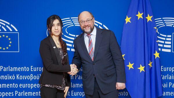 President Schulz meets Ms. Nadia Murad - Sputnik France