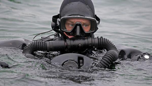 Тренировка пловцов-подводников Балтийской военно-морской базы - Sputnik France