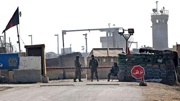 Les talibans revendiquent l'explosion sur une base US en Afghanistan - Sputnik France