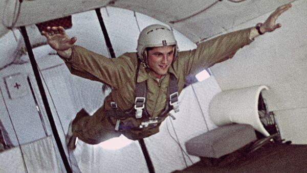 Un cosmonaute russe lors d'une séance d'entraînement en apesanteur - Sputnik France