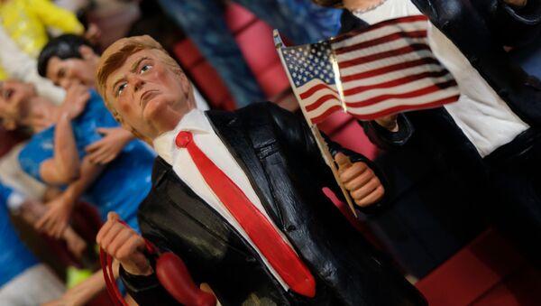 Statuette de Donald Trump - Sputnik France