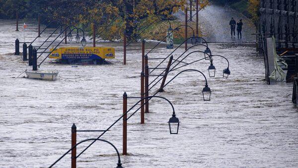 Le nord-ouest de l'Italie sous les eaux - Sputnik France