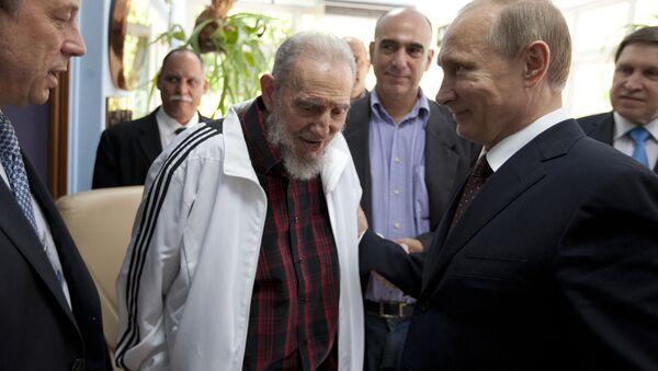 Poutine: Fidel «restera pour toujours dans le cœur des Russes» - Sputnik France