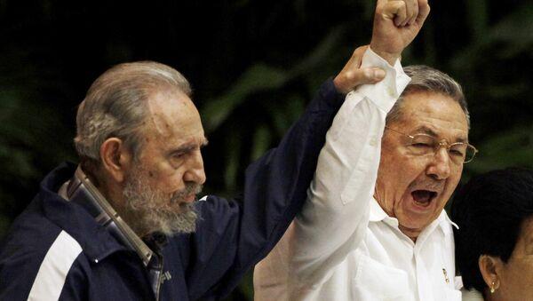 Fidel et Raul Castro - Sputnik France