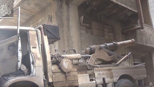 Syrie: à court d'armes, les terroristes tirent avec un canon du XIXe siècle - Sputnik France