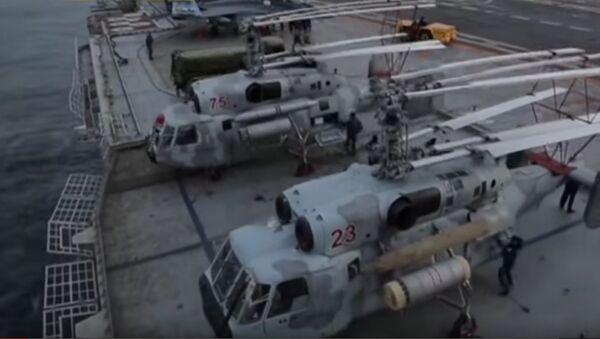 Les images du décollage des Ka-52K depuis un porte-avions russe - Sputnik France