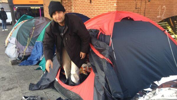Chassés de Paris, les migrants s'installent à Saint-Denis - Sputnik France