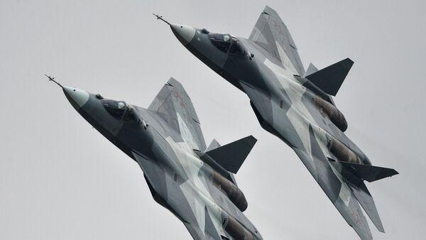 Les chasseurs russes de cinquième génération T-50 - Sputnik France