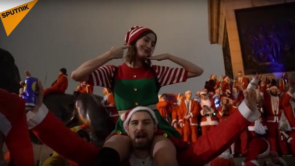 Ambiance de Noël bien arrosée à Londres - Sputnik France