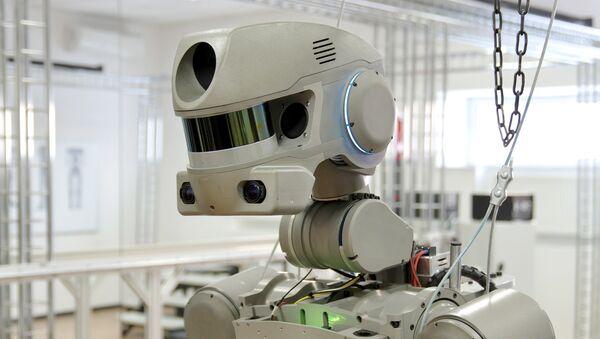 Испытания робота проекта Спасатель - Sputnik France