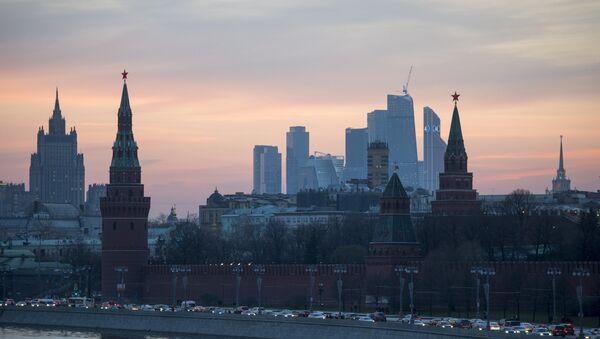 View of the Moscow Kremlin from the Bolshoy Moskvoretsky Bridge. (File) - Sputnik France