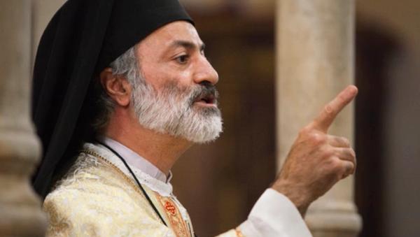 Le père Haddad: Les USA et l'Europe ne reconnaissent pas que «leurs mains sont maculées du sang syrien» - Sputnik France