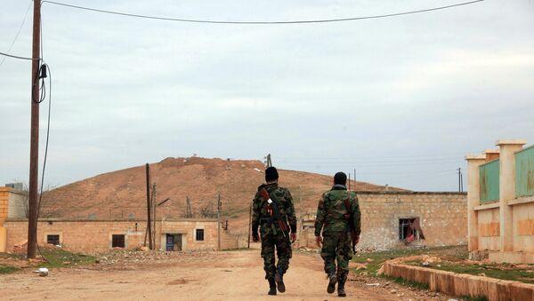Syrian government forces patrol after taking control of the village of Kiffin - Sputnik France