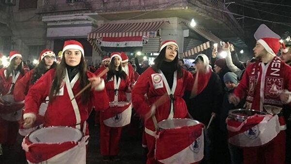 Célébration de Noël et de la libération à Alep - Sputnik France