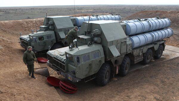 Un système de missiles S-300 - Sputnik France