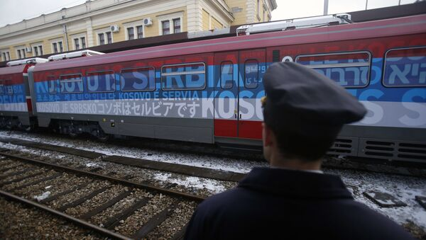 Le train Belgrade-Kosovo stoppé, «convulsions de l'administration sortante US» - Sputnik France