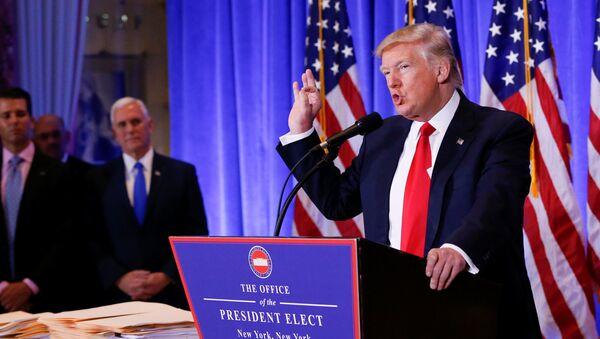 Le président élu Donald Trump et le vice-président élu Mike Pence - Sputnik France