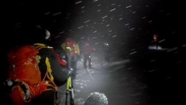 Les conséquences de l'avalanche meurtrière en Italie - Sputnik France