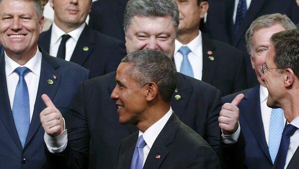 Der US-Präsident Barack Obama und der ukrainische Präsident Petro Poroschenko beim Atom-Gipfel in Washigton - Sputnik France