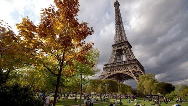 La Tour Eiffel à Paris - Sputnik France