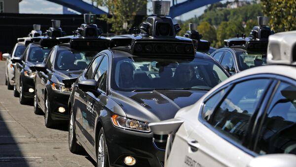 Беспилотные автомобили Uber на улице Питтсбурга - Sputnik France